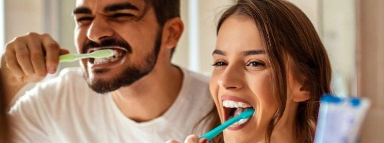 Лучшие отбеливающие зубные пасты по отзывам- Рейтинг 2020 года