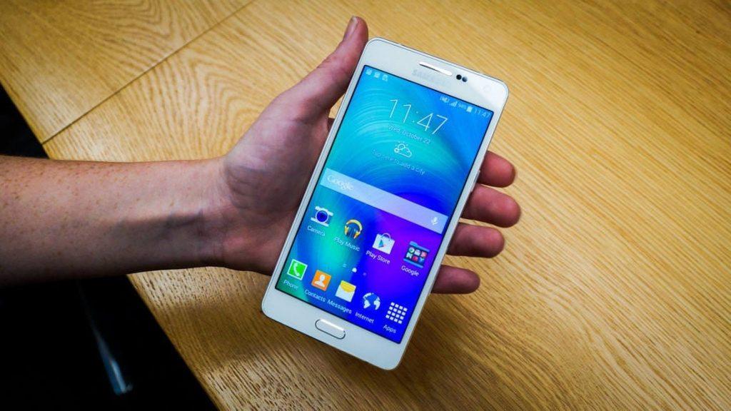 Samsung Galaxy A5 - обзор, отзывы, сравнение, цена