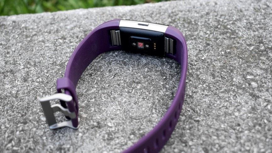 Обзор Fitbit Charge 2 - дизайн трекера