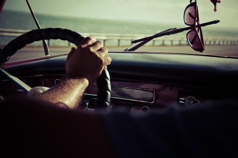 5 лучших очков для вождения - как выбрать антифары