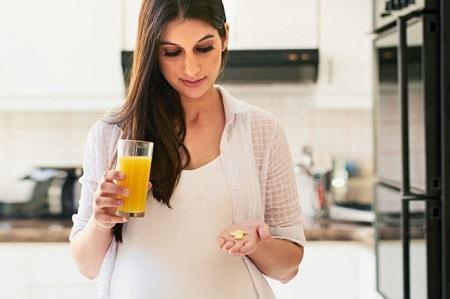Какие витамины лучше для женщин после 30, 40, 50 лет?
